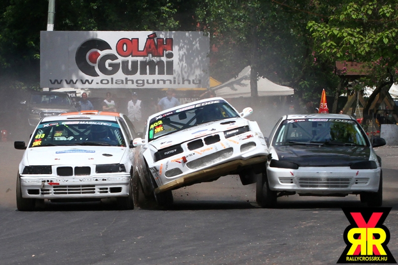 Rallycross Parádé – minden, mi szem-szájnak ingere…